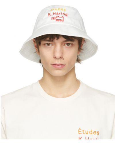 Хлопковая белая шапка с вышивкой études