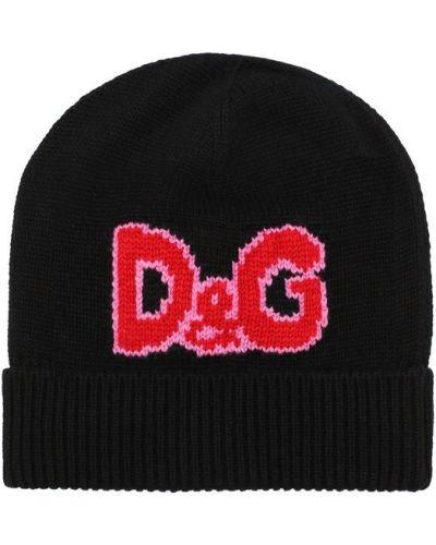Черная шапка с вышивкой Dolce & Gabbana