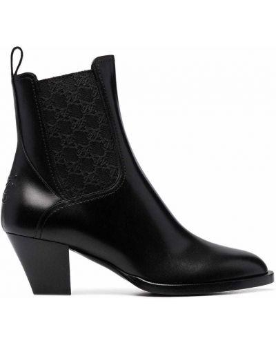 Черные ботинки на каблуке Fendi