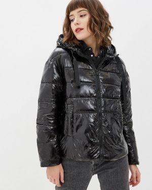 Зимняя куртка утепленная черная Nice & Chic