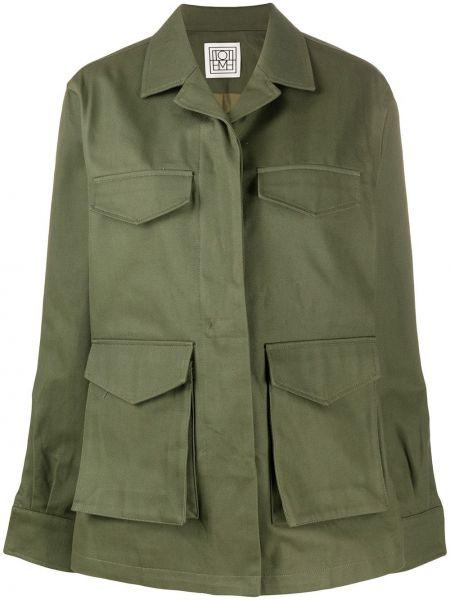 Зеленая ватная длинная куртка милитари Toteme