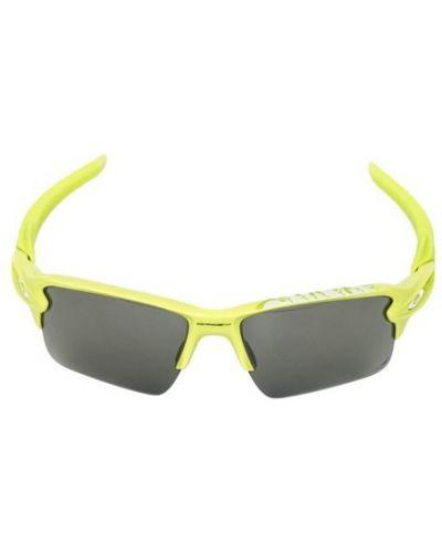 Żółte okulary Oakley