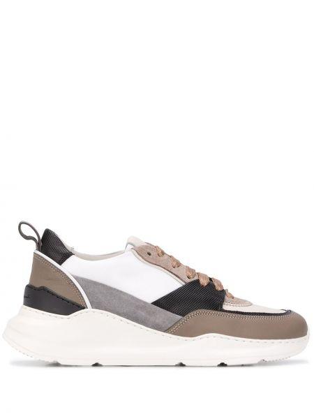 Skórzane sneakersy zamszowe białe Santoni