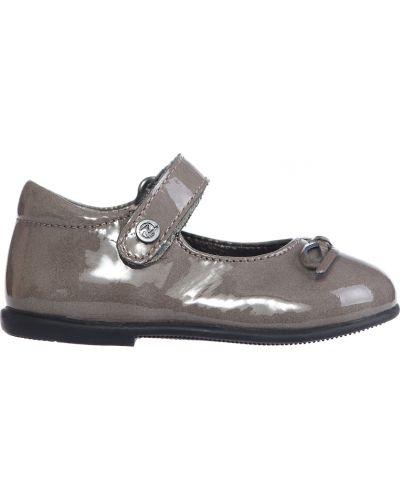 Туфли лаковые серые Naturino