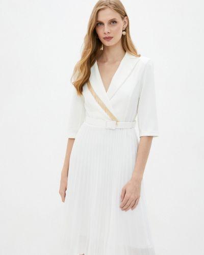 Белое прямое платье Rinascimento