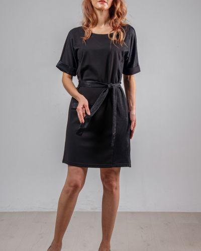 Приталенное платье с открытой спиной на торжество круглое Lila Classic Style