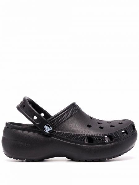Черные сабо на танкетке Crocs