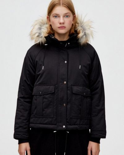 Утепленная куртка демисезонная черная Pull&bear
