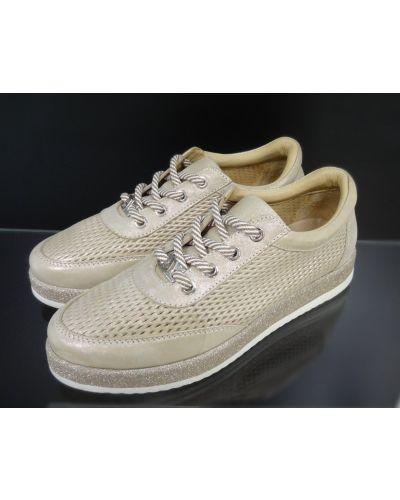 Кожаные бежевые туфли на шнуровке Alpino