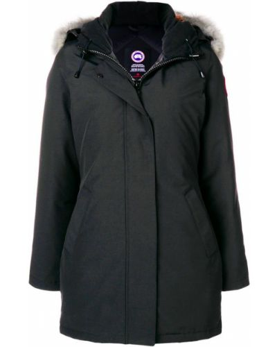 Куртка с капюшоном черная приталенная Canada Goose