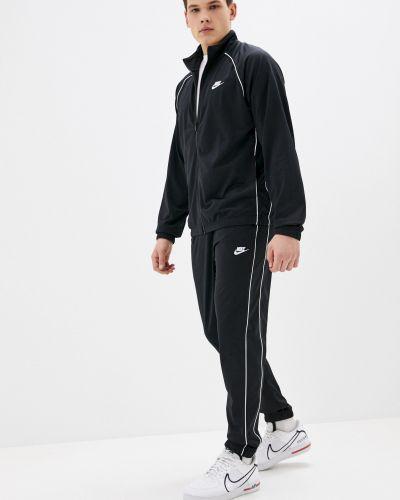 Костюмный спортивный костюм Nike