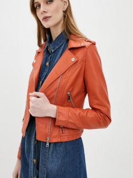 Красная кожаная куртка Softy