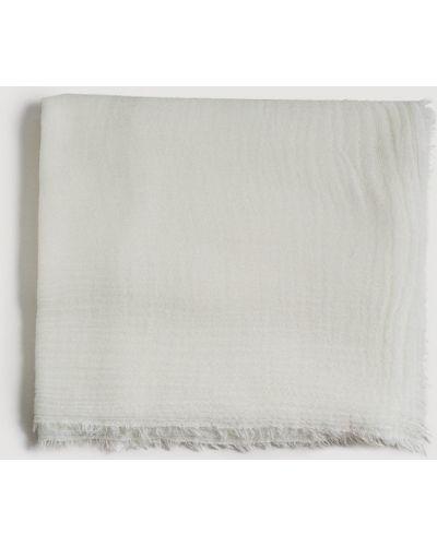 Белый шарф Mango