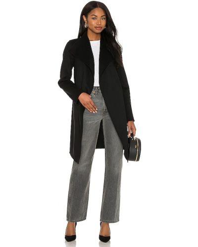 Утепленное пуховое черное пальто Mackage