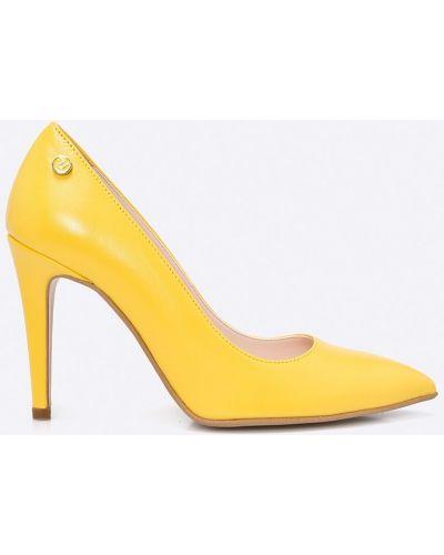 Желтые туфли на высоком каблуке Trussardi Jeans