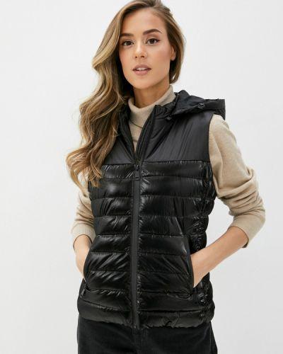 Утепленная черная жилетка B.style