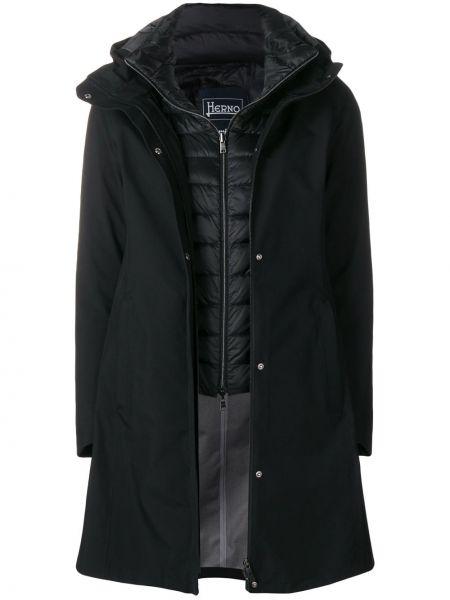 Черная длинное пальто с капюшоном на кнопках Herno