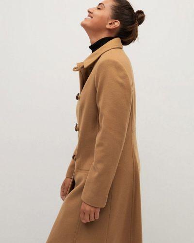 Бежевое пальто Violeta By Mango